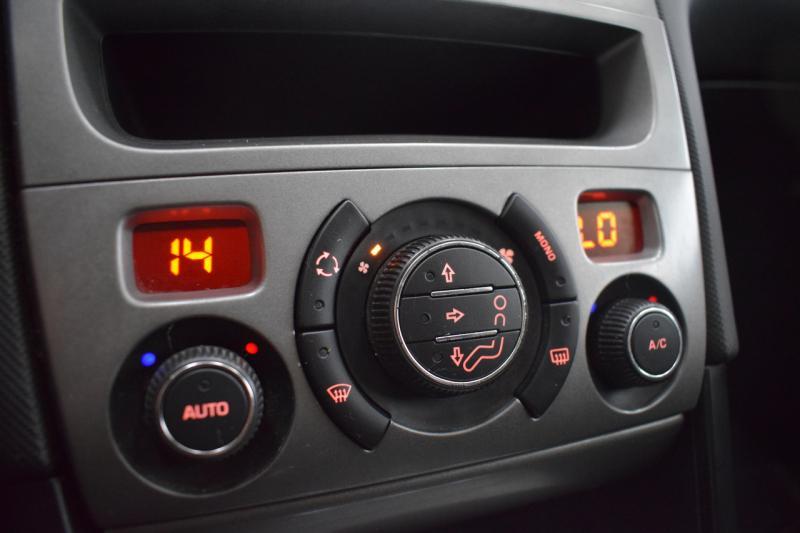 Peugeot 408 1.6 VTi AT (120 л. с.) Style