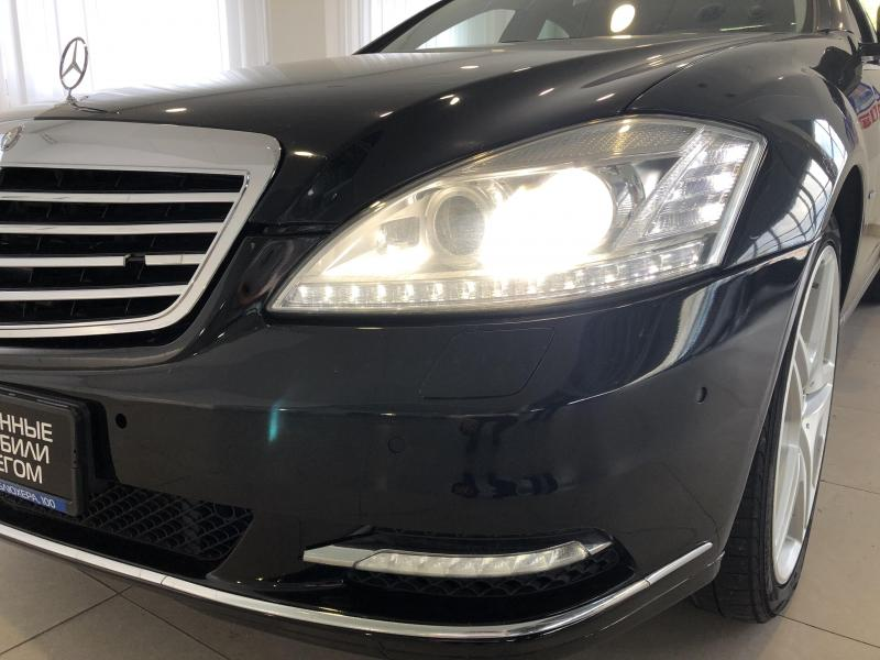 Mercedes-Benz S-Класс S 350 CDI BlueEFFICIENCY 4MATIC 7G-Tronic (235 л. с.)