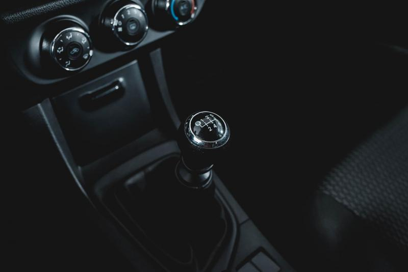 Toyota Corolla 1.6 MT (122 л. с.)