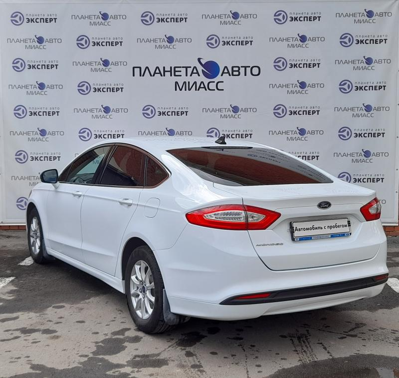 Ford Mondeo 2.5 AT (149 л. с.)