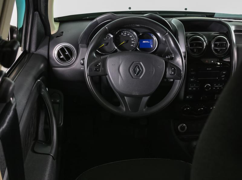 Renault Duster 2.0 MT 4x4 (143 л. с.)