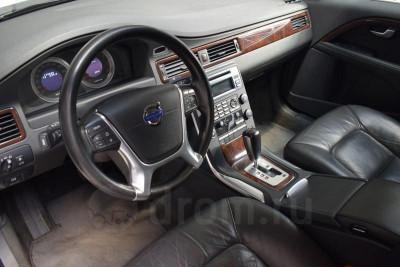 Volvo S80 2.5 AT (231л.с.)