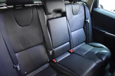 Volvo XC60 2.0 D3 AT (163 л. с.)