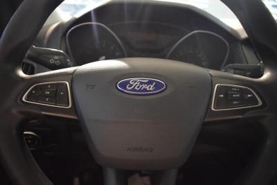 Ford Focus Универсал 1.5d MT (105л.с.) Sync Edition