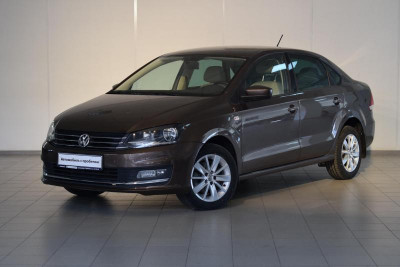 Volkswagen Polo 1.6 MPI AT (105 л.с.)